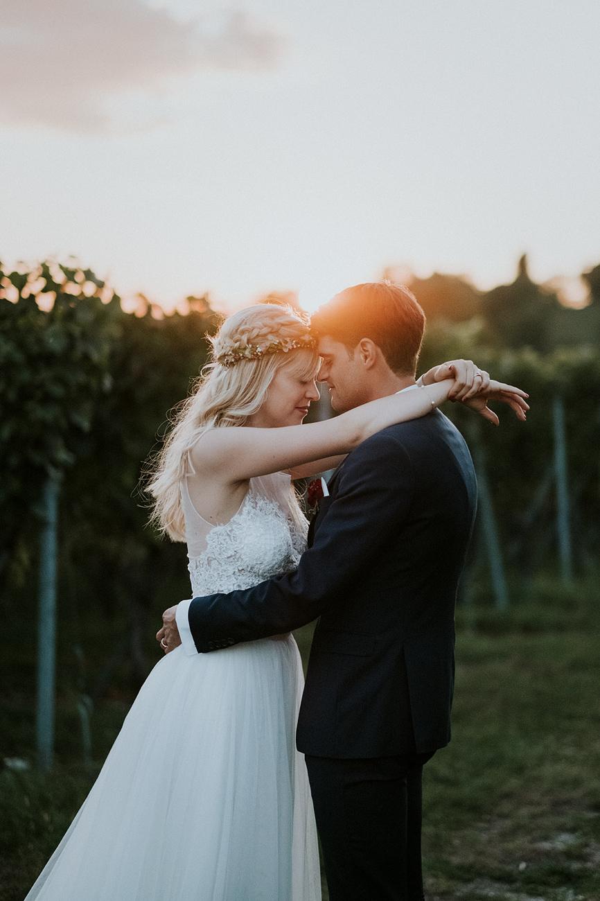 Brautpaar Sonnenuntergang Rebberg